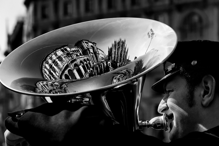 These 25 Stunning Reflection Photos Will Turn Your World Upside Down