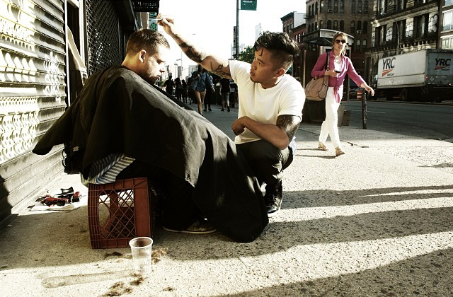 Every Sunday, This New York Hair Stylist Gives Free Haircuts To The Homeless