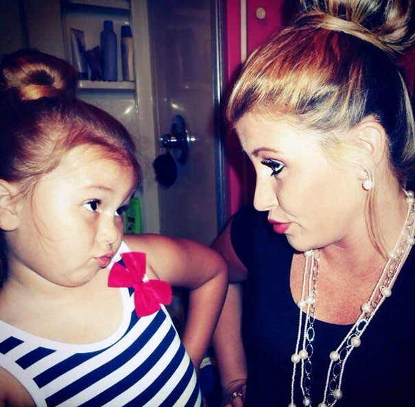 like-mother-like-daughter-funny-photography-40
