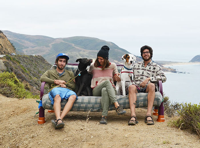 Couch Surfing In The USA: Three Friends, Two Dogs And One Couch