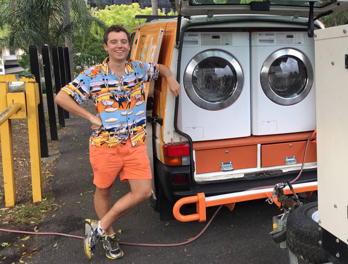 Two Friends Turned Their Van Into A Mobile Laundromat To Wash Clothes For The Homeless