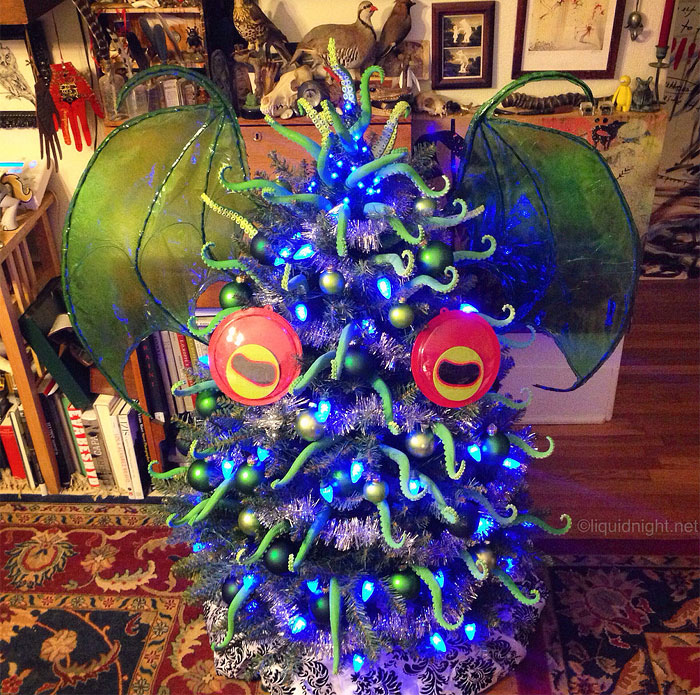 I Made A Tentacular-Covered Tree-Topper, Wings And Eyes For My Cthulhumas Tree