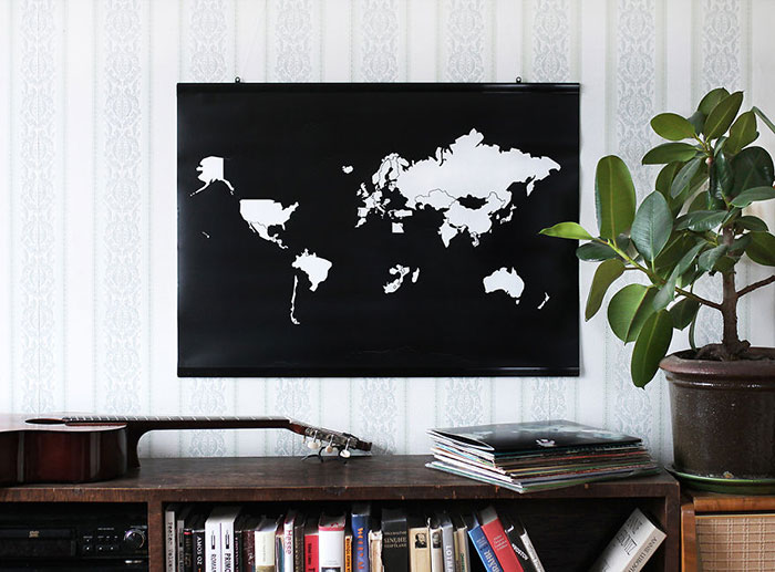 Minimalist World Map Helps Keep Track Of Countries You've Visited