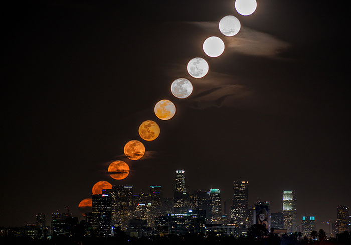 11 Photos Taken Over 28 Minutes Show The Moon Rising Over LA