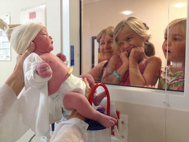 My Daughters Meet Their Baby Brother For The First Time
