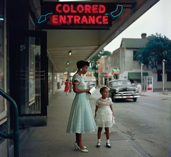 20 Rarely Seen Photos Of America In The 1950's Show How Different Life Was Before
