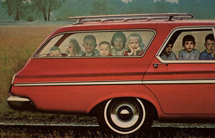 23 Photos From The 60s Prove That Station Wagons Were The Coolest Cars Ever