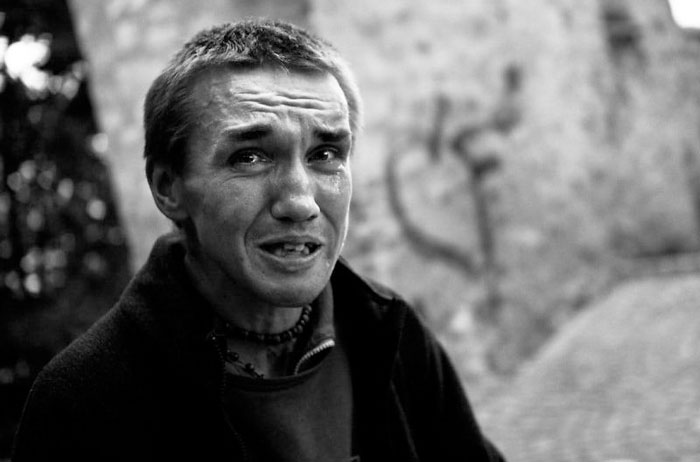 I Spent 8 Months Photographing Drug Addicts On The Streets Of Prague