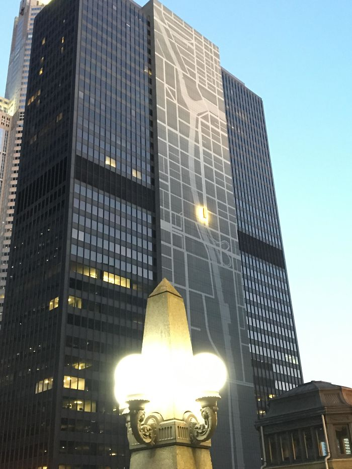 This Building In Chicago Has A Map Of The Surrounding Area With Its Own Location Marked