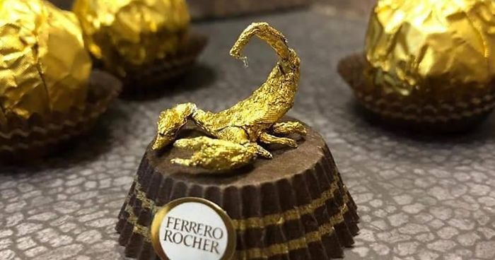 Chinese Artist Creates Tiny Sculptures Using Ferrero Rocher Packaging (28 Pics)