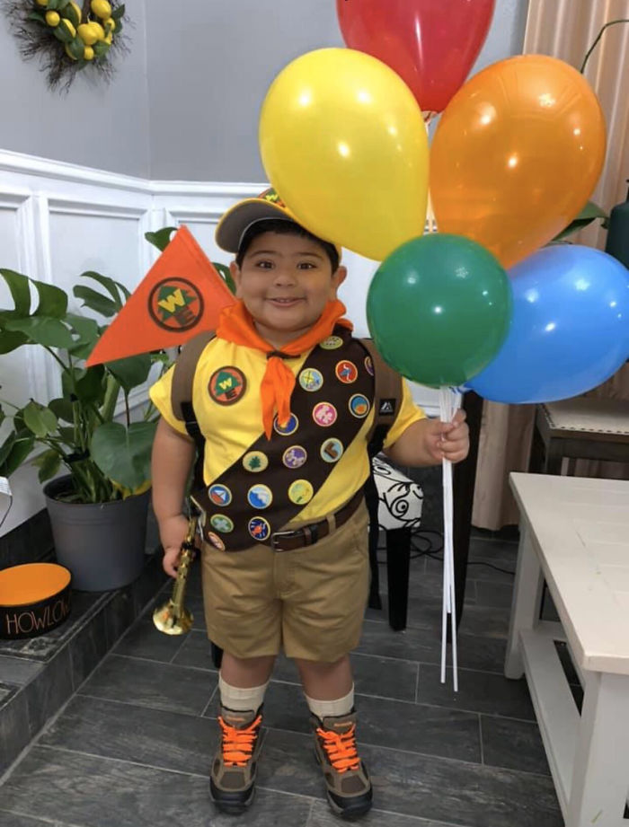 Kid Won The Best Costume Award At His School