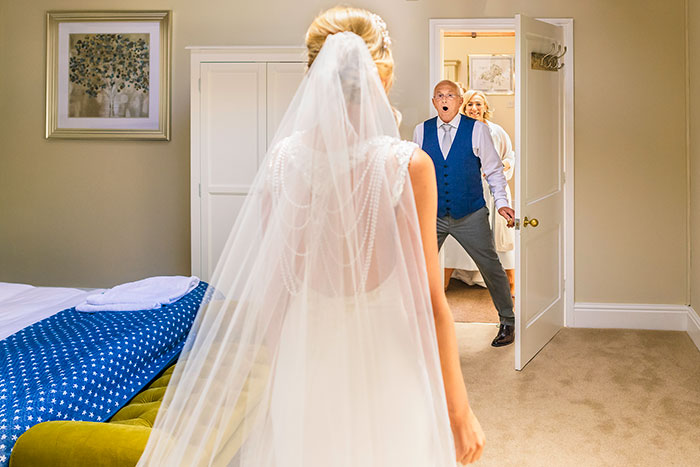 26 Of My Favorite Photos That Depict Unstaged Father-Daughter Moments At Weddings