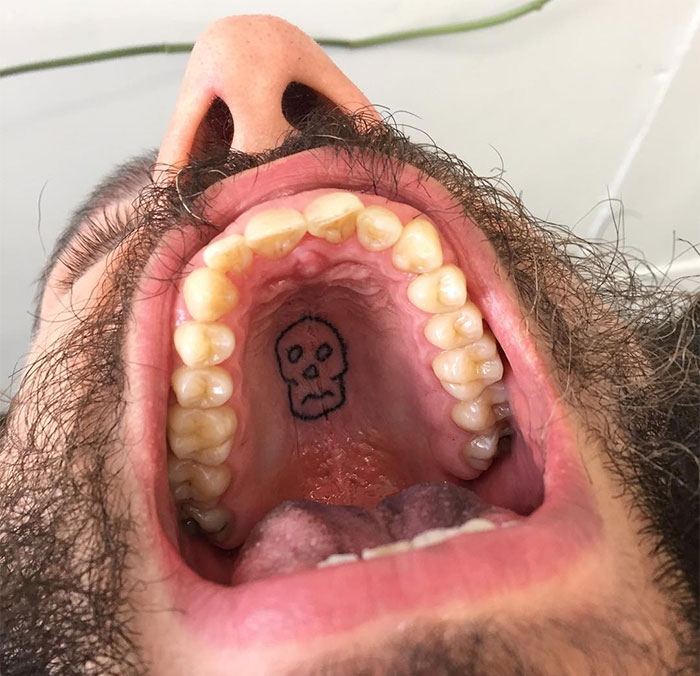 This Tattoo Artist Uses Unconventional Body Parts As His Canvas, Here Are His 23 'Secret' Tattoos On The Roof Of The Mouth