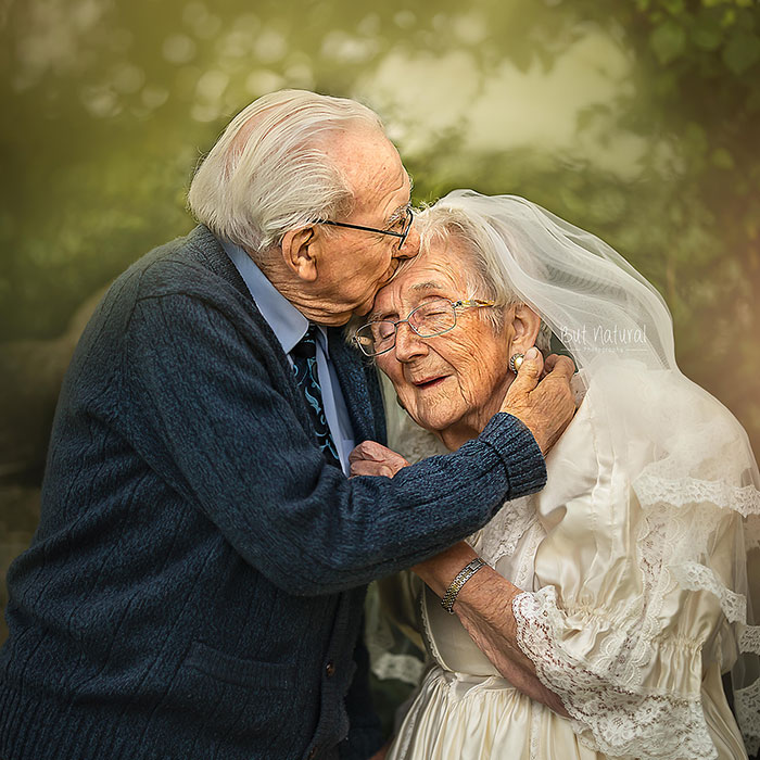 I Photographed This Couple In Their 90s Who Has Been Together For 72 Years To Show What True Love Looks Like (16 Pics)