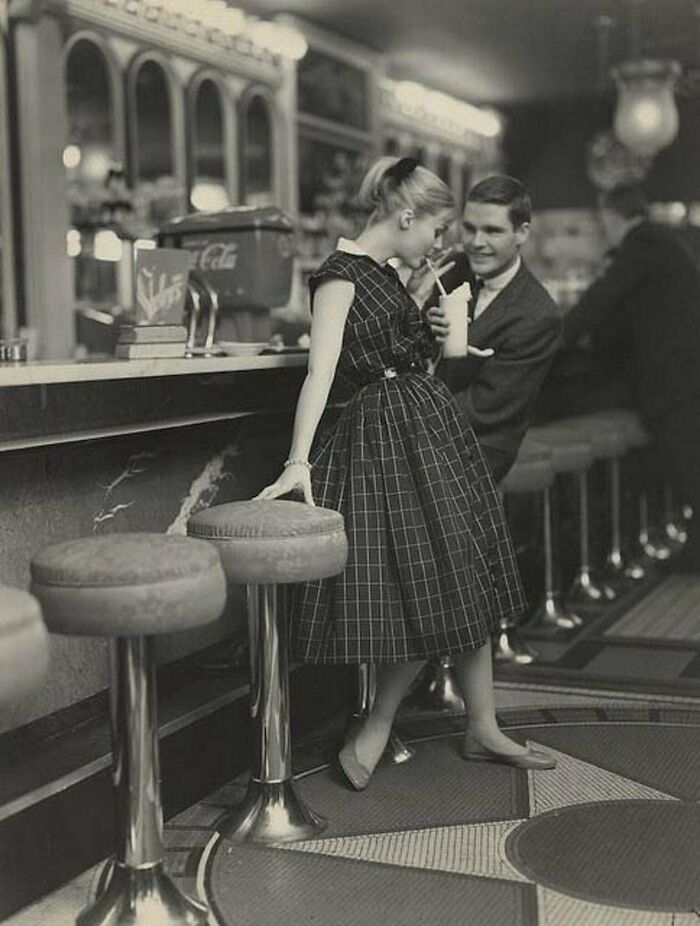 Teenage Dating In Diner, 1950s, The States