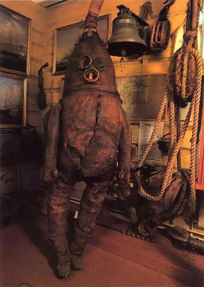 The World's Oldest Surviving Diving Suit: The Old Gentleman, From 1860