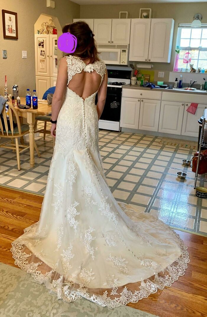 I Was Starting To Lose Hope That I'd Be Able To Thrift My Wedding Dress. I Bought This Today For $60