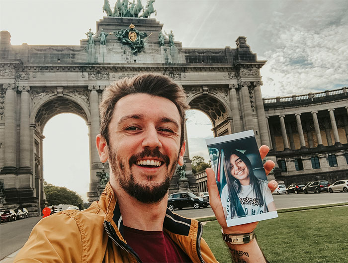 My Girlfriend Couldn't Join Me On A Trip To Europe Last Year, So I Printed A Few Of Her Photos And Took Selfies Everywhere (32 Pics)