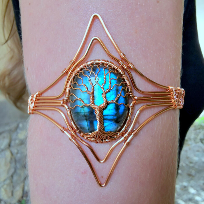 I Use Gemstones And Wire To Create Jewelry Inspired By Fantasy And Nature (12 Pics)