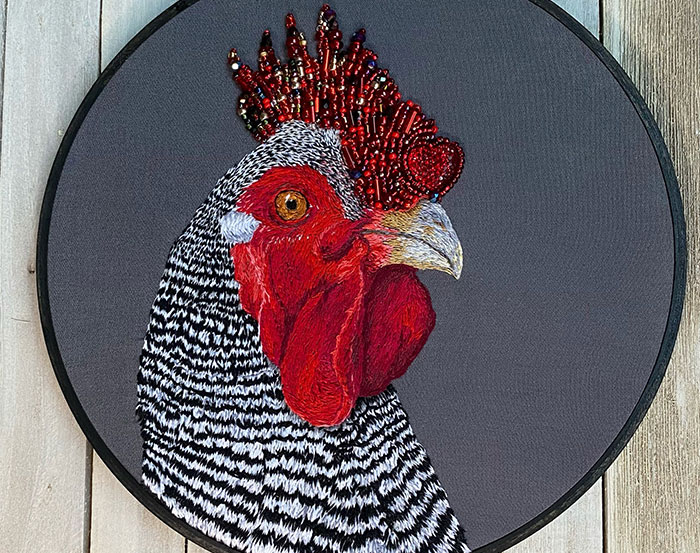 I've Embroidered 10 Realistic Animals With Elements Of Bling